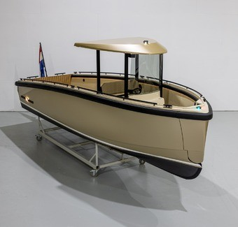 DC25: Superyacht International